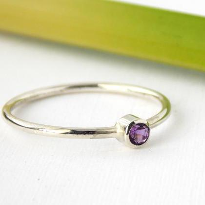 Sterling Silver Birthstone Ring: st..